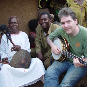 Bela Fleck with two African musicians